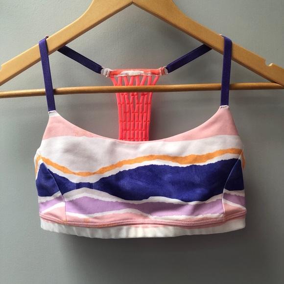 lululemon athletica Other - Lululemon sz 6 sports bra w/ adjustable straps